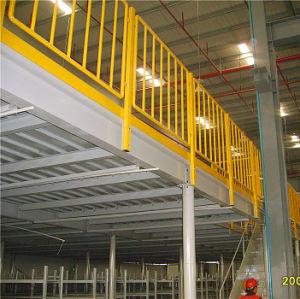 La plataforma de acero galvanizado con rejilla