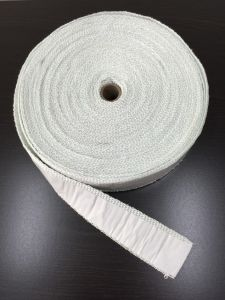 耐火性のガラス繊維のテープか熱はテープを絶縁した