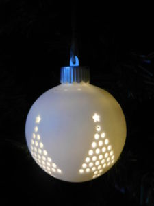 Het Ceramische Ornament van de Giften van Kerstmis met Licht