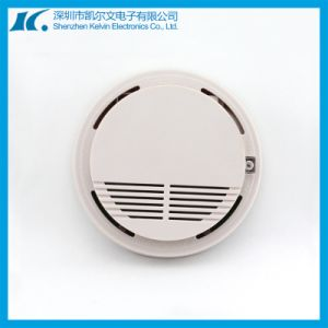 Allarme di fumo fotoelettrico senza fili da 10 anni di CC 9V Kl-Yg02