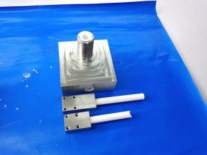 カスタム精密CNCの機械感知可能なAl2O3アルミナ陶磁器水ディスペンサー弁
