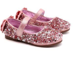 Plano de la moda niños zapatos brillantes