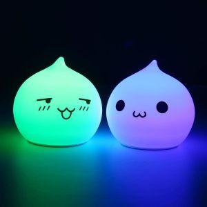 Het Licht Polychrome Nacht HOOFD van de van uitstekende kwaliteit van de Baby met het Silicone Shell van de Rang van het Voedsel van 100% met het Raken