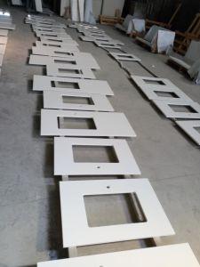 Gebouwde Countertop van de Keuken van het Kwarts van de Steen Witte voor Project