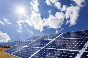 poli comitato solare 310W con la certificazione completa 30 anni di garanzia