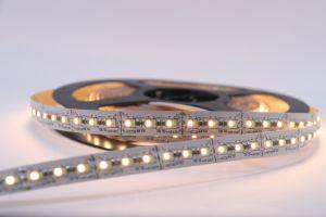5 anni della garanzia DC12V IL TDC LED della barra chiara SMD 2216 di striscia dell'indicatore luminoso LED LED della barra 24W LED di striscia flessibile ad alto rendimento registrabile dell'indicatore luminoso