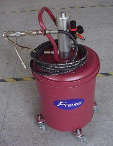 Pompe à graisse pneumatique