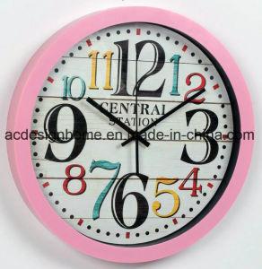 La maggior parte del orologio di parete di plastica decorativo del punto 2018 del favorito di colore rosa popolare del prodotto con il disegno variopinto di immaginazione delle cifre