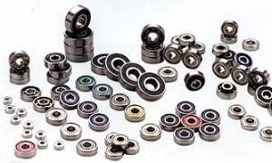 Acero al carbono de rodamiento de bolas de ranura profunda/Serie de cojinetes de acero al carbono no estándar