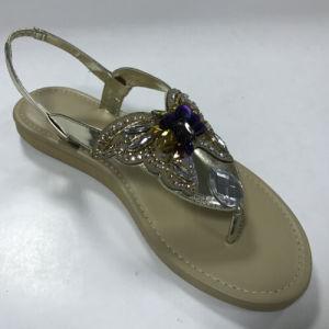Nouveau Hot Summer femmes Diamond des chaussures plates Thong mousseux Lady Beach sandale argent noir
