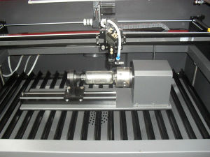 목제 아크릴 패 트로피를 위한 Laser 절단 그리고 조각 기계