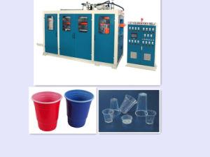 Hydraulique automatique feuille de plastique gamme de machines de coupe
