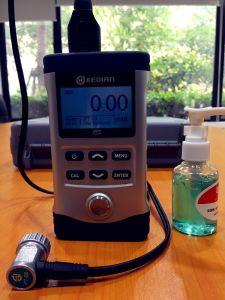 Calibro di spessore ultrasonico portatile di Hch-3000d per il materiale del metallo