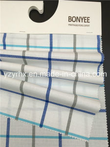 終了するファブリック100%年の綿の明白な織り方の白い地面によって印刷される多色刷りの格子縞