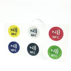 지불을%s 고전적인 1K /F08/Ntag215 칩을%s 가진 접착성 RFID 서류상 스티커