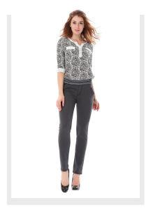2018新しい伸縮性があるウエストの伸張はズボンの女性のジーンズに細合った