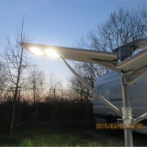 30W統合された太陽屋外の街灯