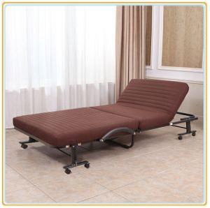 Sola cama plegable con ruedas de la base y el colchón de Brown 190*70cm.