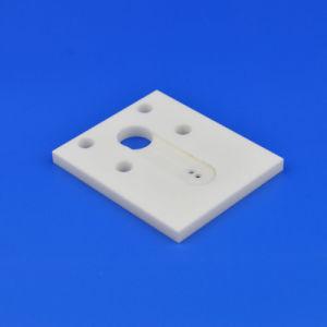 処理し難いAl2O3 99%の多孔性のアルミナの陶磁器の版かシート/Chip/Substrate
