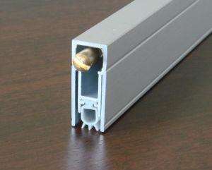 ドアの最下のシールアルミニウムGf-B09