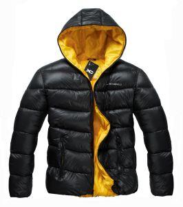 人の屋外のウインドブレイカーのDwrの絶縁体の衣類かジャケット