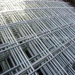 Los materiales de construcción de acero inoxidable galvanizado Hot-Dipped cuadrada mallas soldadas