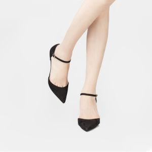 Les femmes Stiletto sandales en daim noir avec Word Boucle de ceinture