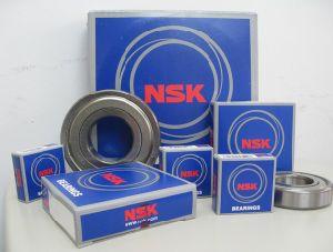 Roulement à billes à gorge profonde de NSK La série 6000