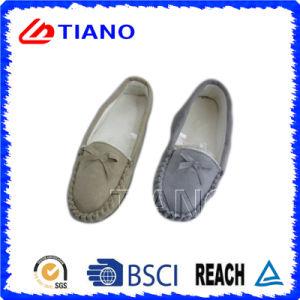 Manera y zapatos micro calientes de la PU del ante para la mujer (TNK36016)