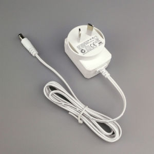 9.5 Volt-Energien-Adapter mit BRITISCHEM Stecker für e-Zigarette