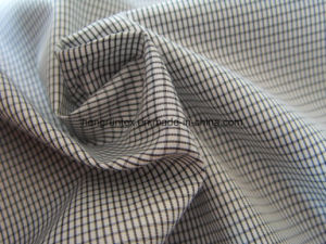 100%년 폴리에스테 Yarn-Dyed 입히는 옥외 직물