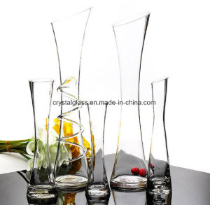 明白な端及び斜めの端が付いている高品質のクリスタルグラスのつぼのクラフト
