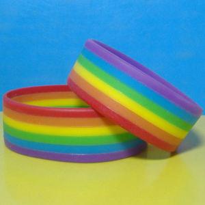 Cores do Arco-Íris segmentada pulseira de silicone branco
