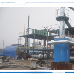 Raffinage du pétrole brut à l'usine de distillation Diesel