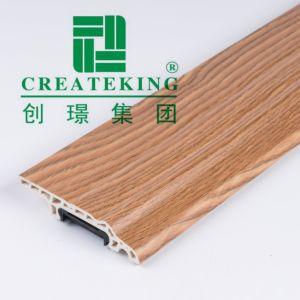 Cliquez sur le clip de 8 cm de hauteur du PVC mousse Installnation plinthes pour mur Pretection