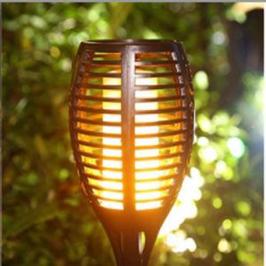 96 de césped de LED de exterior de la luz de las llamas solares para jardín