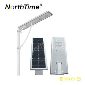 30ワット数の効率のモノクリスタル太陽電池パネルが付いている太陽街灯