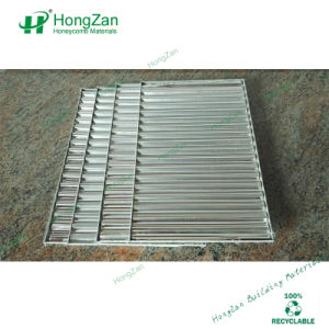 絶縁されたアルミニウム波形の屋根の合成物のパネル
