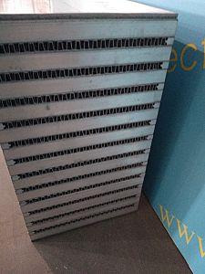 알루미늄 격판덮개와 바 Intercooler 코어