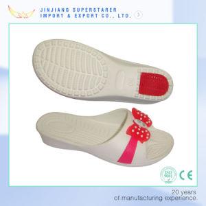 EVA Faites glisser les femmes Slipper Chaussures à talon en caoutchouc et la partie supérieure de la décoration florale