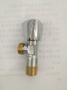 Latón forjado ángulo válvula con el precio de fábrica de tuberías (YD-5001)