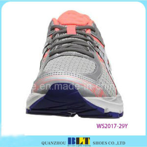 Sapatas de passeio com cordões atléticas do esporte do estilo das mulheres de Blt
