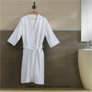 Accappatoio bianco poco costoso del Terry della cialda dell'albergo di lusso del collare dello scialle di doppio strato
