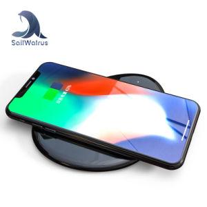 Venta de fábrica del teléfono móvil de carga rápida de Qi cargador inalámbrico redonda almohadilla almohadilla de carga rápida para el iPhone 8 X 8, además de Q7