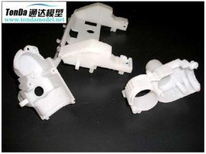 stampa 3D che lavora i prototipi alla macchina veloci
