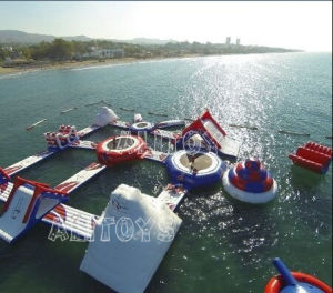 Spelen van het Park van het Water van het strand de Opblaasbare Drijvende