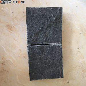景色の私道のガレージのための自然な表面のモンゴルの黒い玉石の石