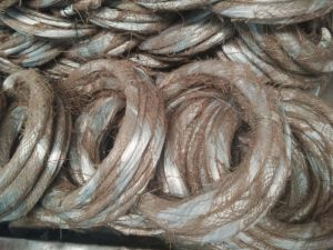 0,9 mm x 2kg/rollo Electric hierro galvanizado alambre vinculante para el mercado de Iraq