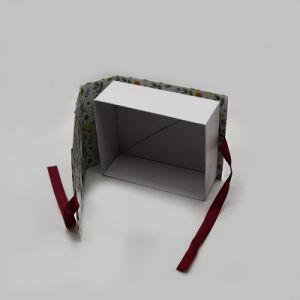 Regalos personalizados de lujo en caja de embalaje de papel