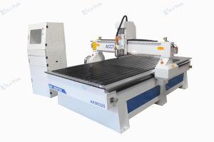 中国の品質CNCのルーター機械1325年のCNCのルーター